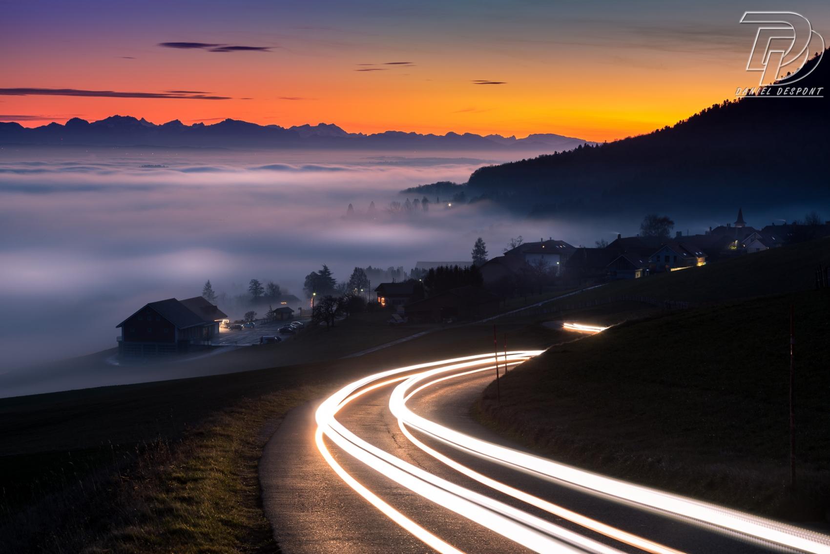 En route vers le brouillard, NE